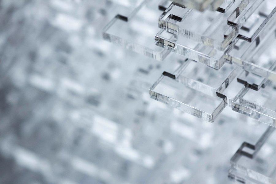 CO2 laser cutting PMMA, polimetimetacrilato, also known as the brand name plexiglass