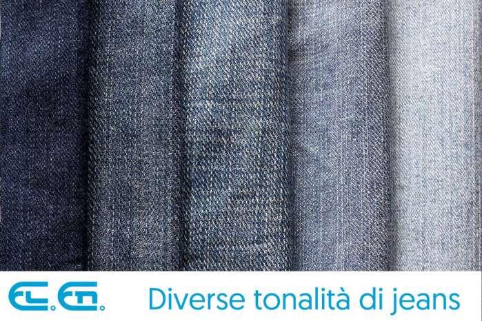 Diverse tonalità di jeans