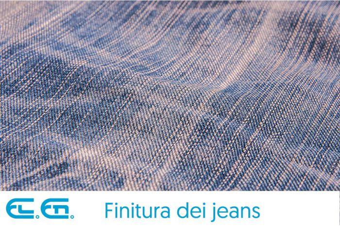 Un esempio di finitura di jeans