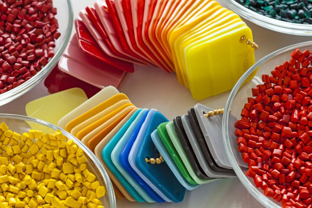 Beads of coloured plastic