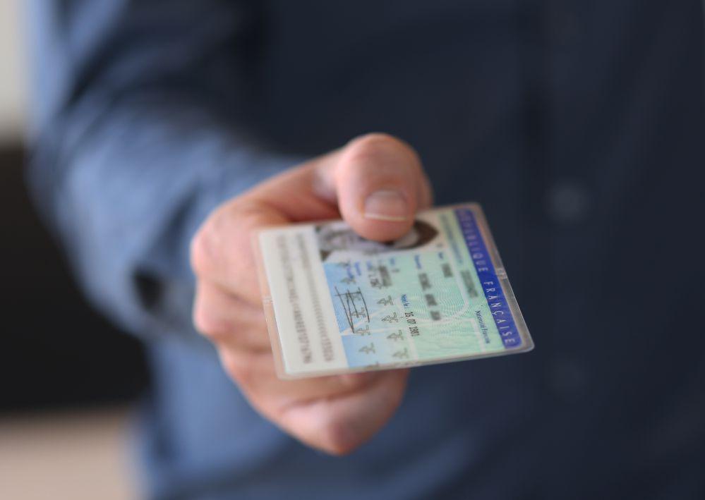 Marcatura laser documenti identificativi