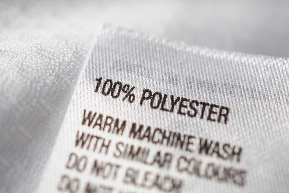 Label of polyester garment