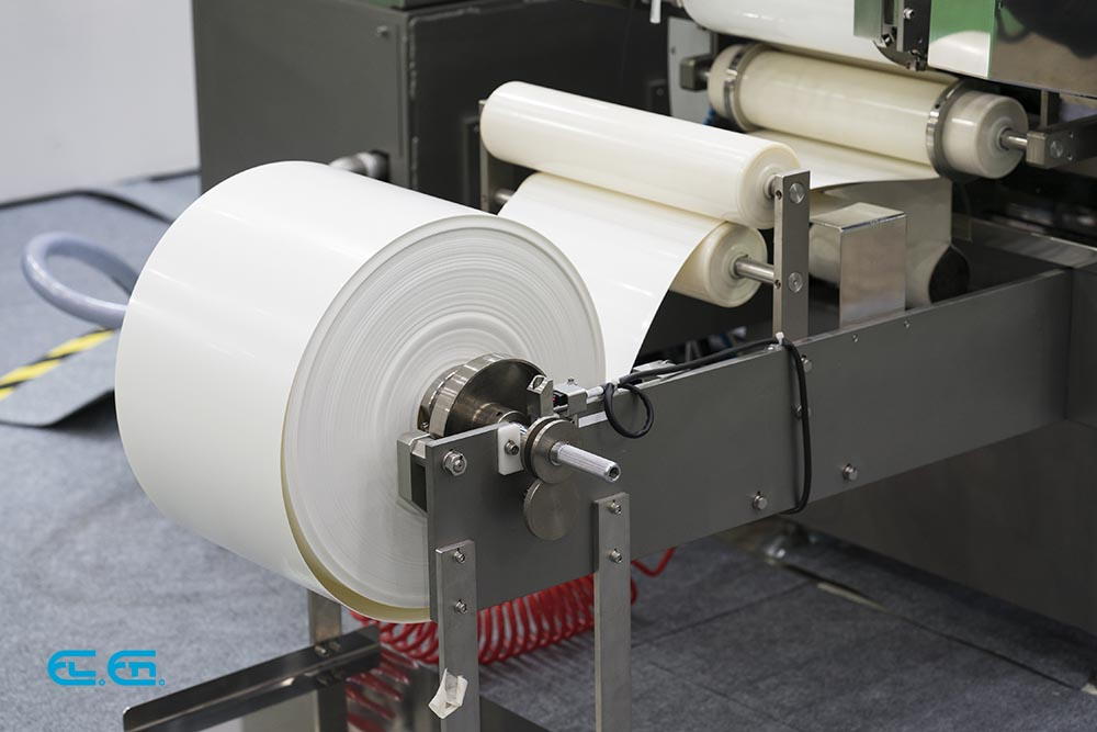 Laser welding plastic film in rolls