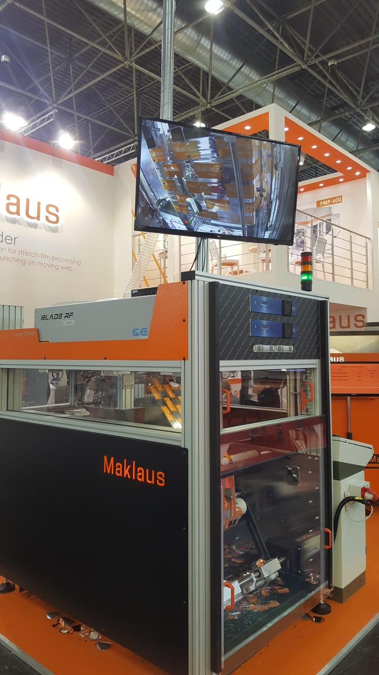 Maklaus machine at the company's booth - K2019 trade fair